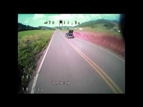 landing-drone-fpv-lizard95-in-the-moving-car