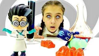 Герои в масках отбирают конфеты! Видео для детей с Pj Masks