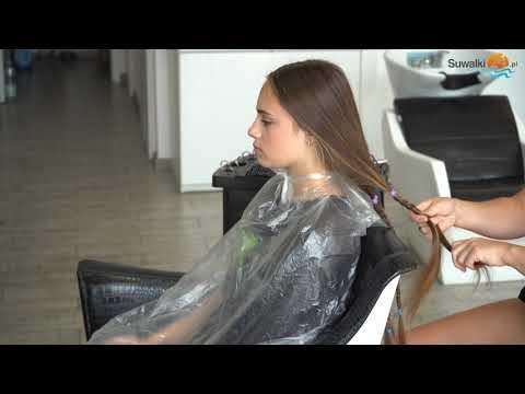 Wspaniały gest 13-letniej Julii. Dziewczynka przeznaczyła swoje włosy na peruki dla chorych na raka