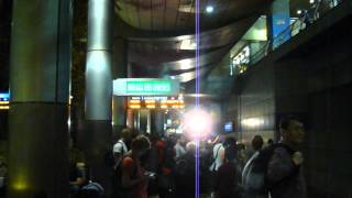 preview picture of video 'Israeli train arrives at Ben Gurion Airport Station'