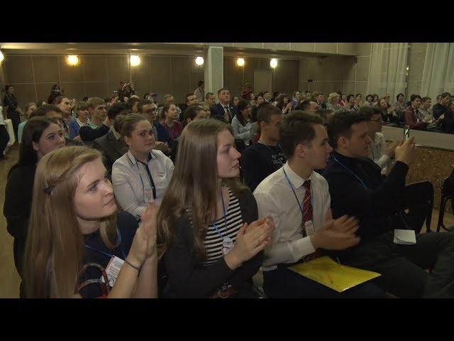 Ангарчане борются за звание студента года