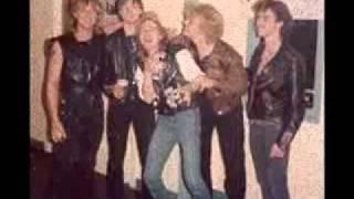 Iron Angel(Ger) - Devil's Gate( Live 1985) .wmv