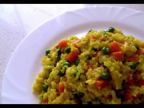 Arroz al microondas con verduras y jamon