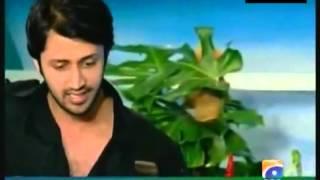 Atif Aslam Live - Kuch Is Tarah - Acoustic Unplugged -Aadeez AtiF