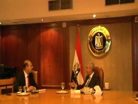 """الوزير/طارق قابيل يستقبل الشاب المصري صاحب مبادرة """"أبدء بنفسك"""""""