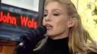 Faith Hill - Free (live)