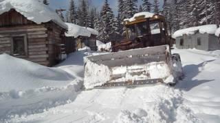 Шушлай Т-130. Расчистка табора от снега