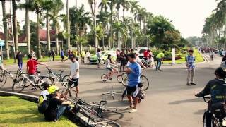preview picture of video 'Malang car free day part2, karo portal jib'