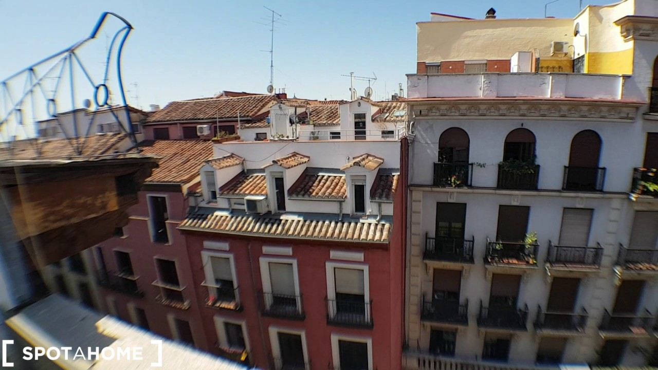 Modern studio with AC and balcony for rent in Chueca