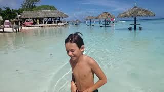 Entre ciel et mer : nouvelle vidéo des Tuamotus