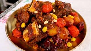 Galbi-jjim (Braised beef short ribs) 갈비찜