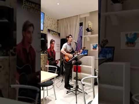 EMANUELE OTTAVIANO Folk Napoli e Musica Italiana Vigevano musiqua.it