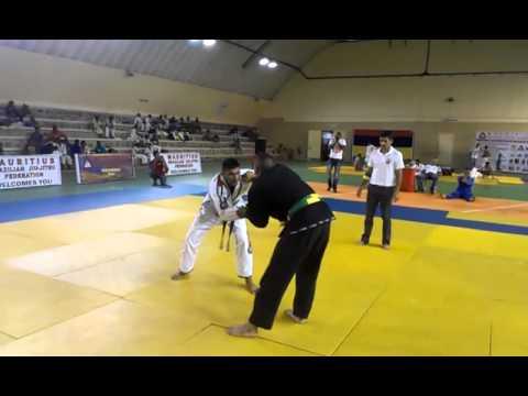 Campeonato de Jiu Jitsu brasileño: Auto noqueo