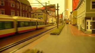preview picture of video 'Ein kleiner Ausschnitt der Stadtbahn des Modellbahnclub Zwickau'
