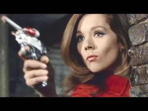 Pick A '60s Chick Playoffs Round 2: Diana Rigg or Mary Tyler Moore? (Match 1 of 8) YOU decide