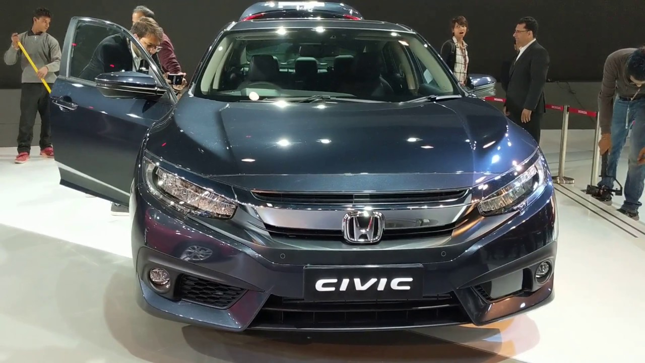 Motoroctane Youtube Video - 2018 Honda Civic Review in Hindi | Auto Expo 2018 | MotorOctane