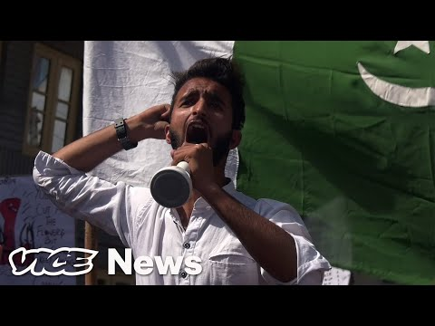 How One Neighborhood in Kashmir Is Resisting India's Army