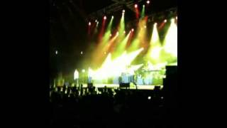 Maroon 5 LIVE in Singapore - Shiver