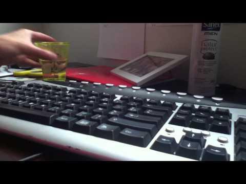 comment nettoyer un clavier d 39 ordinateur portable la r ponse est sur. Black Bedroom Furniture Sets. Home Design Ideas