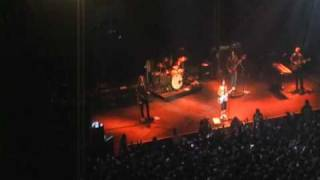 Dolores O'riordan en Chile - Can't be with you
