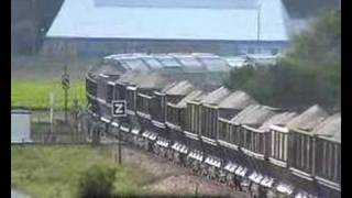 preview picture of video 'BB 66214 & BB 66220 ( SNCF ) + Fret Complet  Tomberaux '