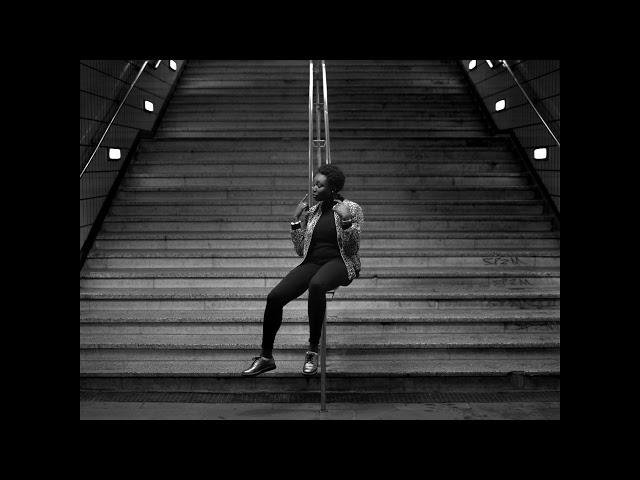 GURLS feat. Emilie Nicolas – Dis Boy