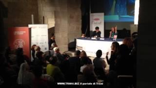 preview picture of video 'Marco Travaglio ai Dialoghi di Trani 2014 a una suora dice: Rimpiango la Carfagna'