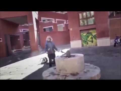 Video di sesso in una cella con una donna donna