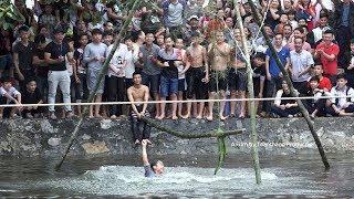 Đi cầu kiều hái lộc quá vui | Hội làng Kim Lan 2019