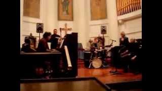 I've Got My Love To Keep Me Warm - Mary Ellen Desmond, Larry McKenna