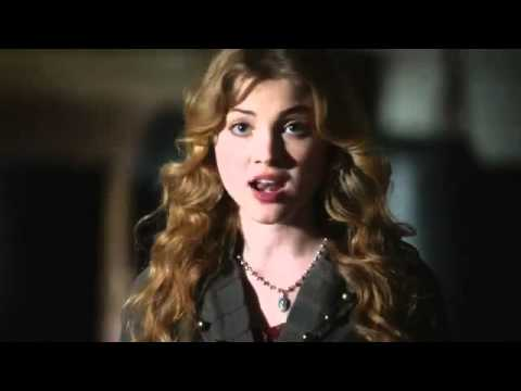 The Nine Lives of Chloe King 1.03 (Preview)