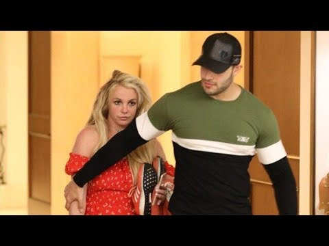 Britney Spears Spotted With Boyfriend Sam Asghari Outside Health Facility