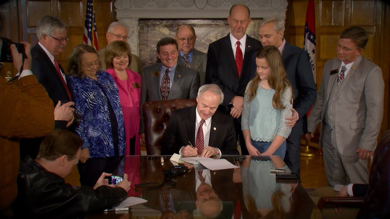 Governor Hutchinson Signs Computer Science Bill
