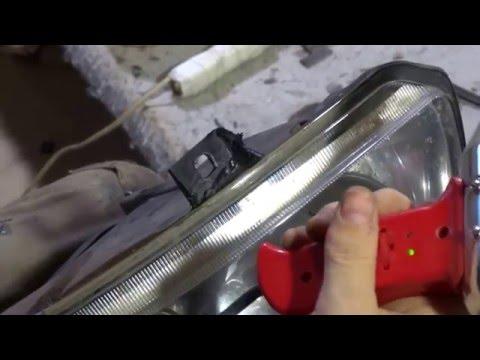 ремонт креплений фары ПРИОРА -  ч. 1