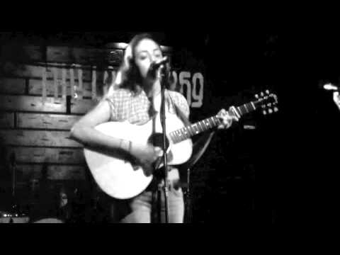 Lila - Desiree Wattis & 100 Dollar Horse (Live)