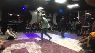 FSS Rockin Battle Semi Final Aya (MZK) vs Vixx (MZK)
