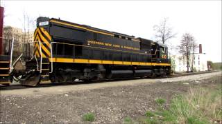 preview picture of video 'National Train Day Jamestown NY 5 10 14 By Jim Gray'