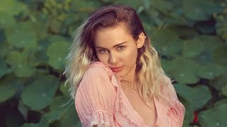 Miley Cyrus Deja de Fumar Marihuana y Habla de Su Nueva Música!