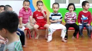 English Class: Hoa Hong Kindergarten, Hanoi, Vietnam