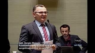 Deputados votam contra os próprios interesses e arquivam projeto de Majeski