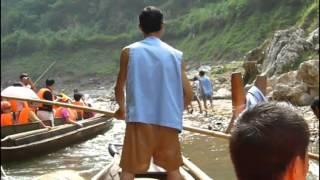 Video : China : Sailing along the YangTse River - video