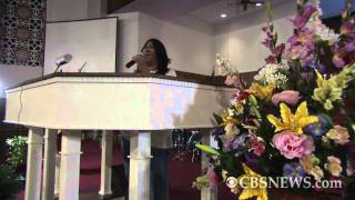 """Aretha Franklin performs """"He Looked Beyond My Faults"""""""