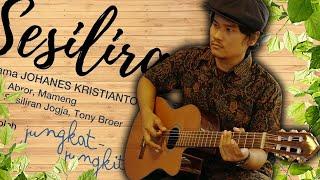 Penampilan Gitaris Klasik Johanes Kristianto di Kantor Tribunnews.com Solo