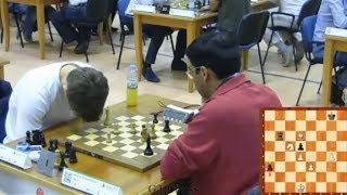 Carlsen's BIG Blunder (World Rapid Chess Championship 2014)