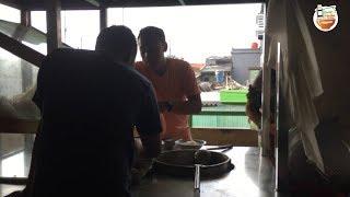 SOTO LEGENDARIS SEJAK 1983 DIDALEM PASAR KRAMAT JATI | KULINER JAKARTA STREET FOOD #BikinNgiler