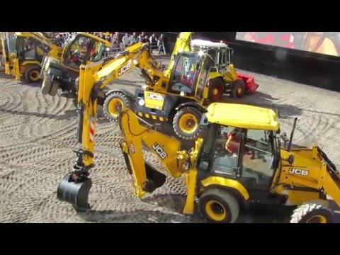 JCB Dancing Digger Bauma 2016 - Part 2 - Equipment Display - Messe München