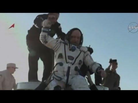 العرب اليوم - شاهد:ثلاثة روّاد فضاء يعودون إلى الأرض