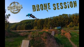 Dirt Wies - MTN FreeStyle Session mit FPV Racing Drohne