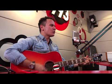"""Fonseca - """"Simples corazones"""" (versión acústica en vivo)"""