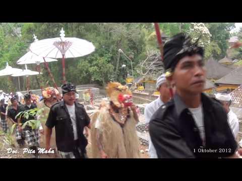 Sepetedun Ida Betara Jagat Luhur Natar Sari Apuan Tedun Ke Pura Gunung Lebah Ubud Th 2003-2012